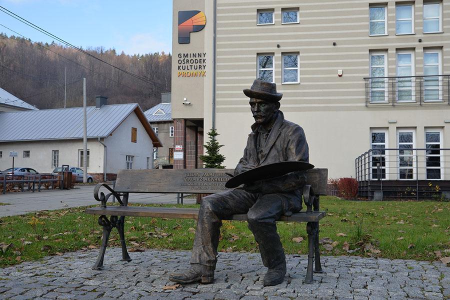 Pomnik Juliana Fałata